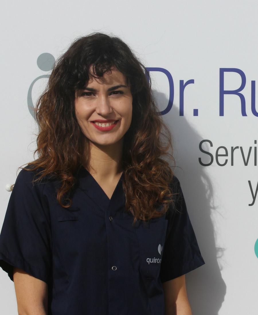 María Izaguirre ortodoncista Dentista Donostia San Sebastian Doctor Ruiz Villandiego Hospital Quiron Urgencias